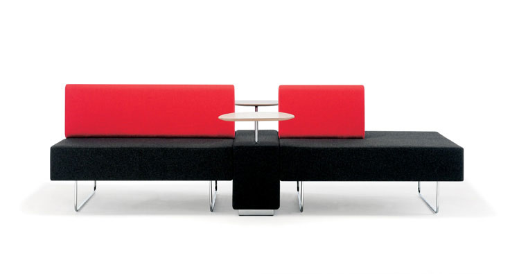 espaces informels boundary canap design rouge. Black Bedroom Furniture Sets. Home Design Ideas