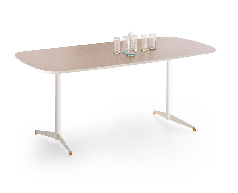 Mobilier de collectivit s table tamaris bomb e 190 for Mobilier bureau 56