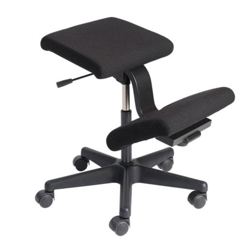 si ges ergonomiques mal de dos si ge assis genoux sur. Black Bedroom Furniture Sets. Home Design Ideas