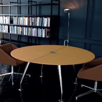 Table ronde de réunion en cuir