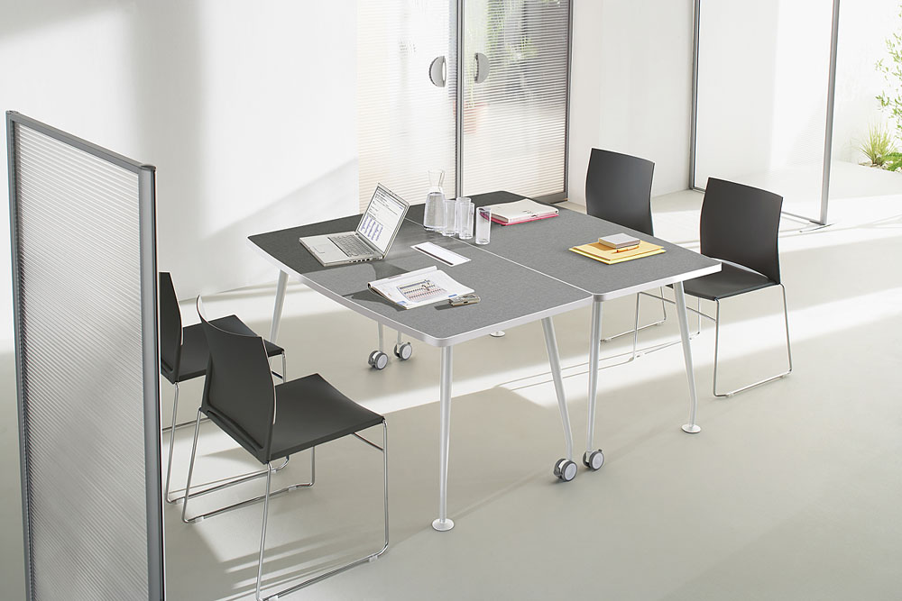 Tables modulables tables sur roulettes ovacio tweed for Mobilier bureau 56