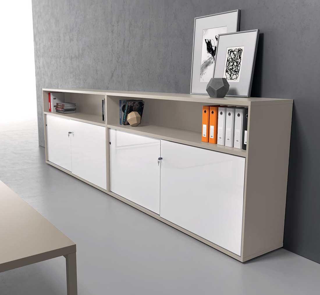 armoires et vestiaires cr dence romulus avec portes laqu es et niche mobilier de bureau. Black Bedroom Furniture Sets. Home Design Ideas