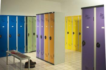 Vestiaires de couleurs AC