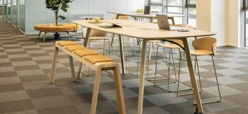 Table Haute Wing Chêne Massif 320